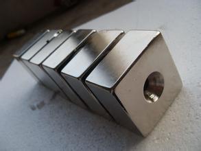 青岛烟台回收钕铁硼废料钕铁硼磁块