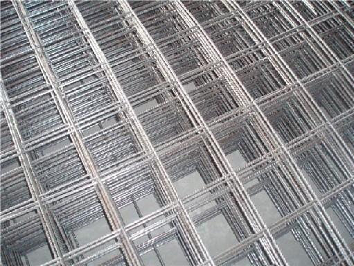 新款钢筋焊接网、批售HRB400钢筋网片