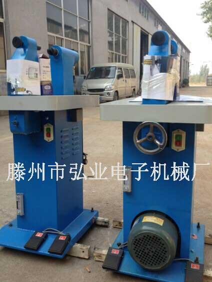 蹄片投铆机可用于国内的各种刹车蹄片进行铆合的工作