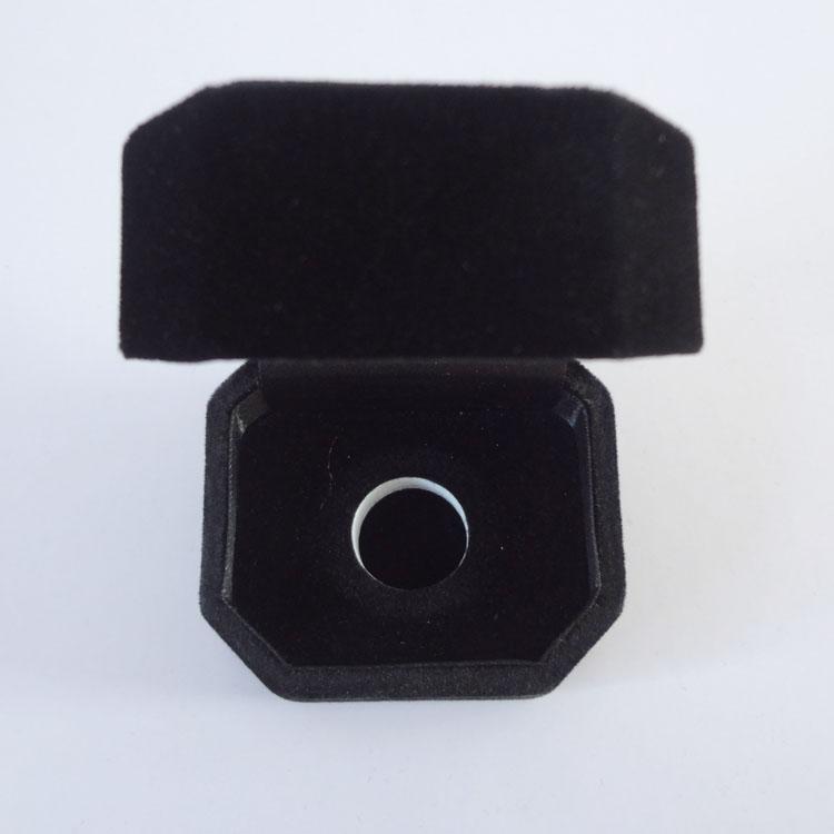 初彩包装 A2-001黑色绒布徽章盒 印Logo