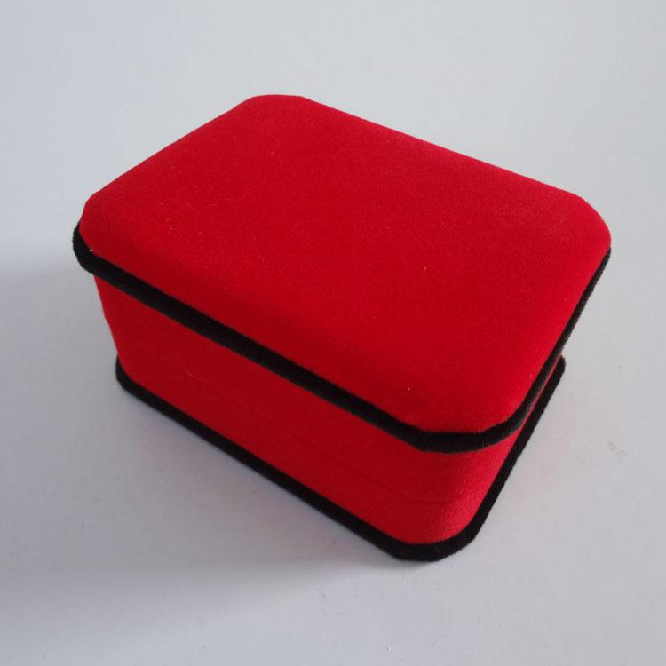 初彩包装 高档红色绒布项链盒 现货