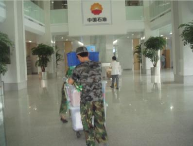 东莞东坑搬运公司加快货物的送达速度
