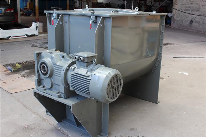 畅销的粉体混合机大量供应划算的卧式螺带混合机