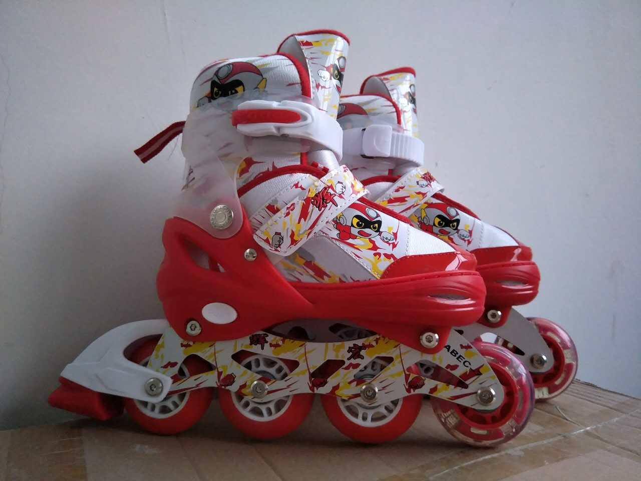 新型轮滑鞋哪里能买到爆款迪士尼儿童溜冰鞋鞋