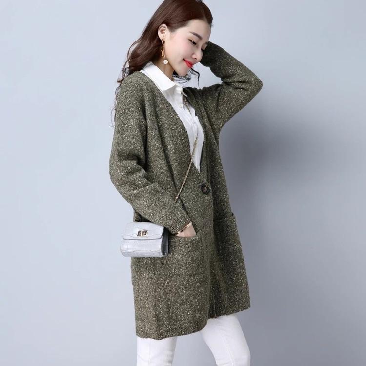 国际时尚女装新款中长款毛衣齐色齐码折扣批发