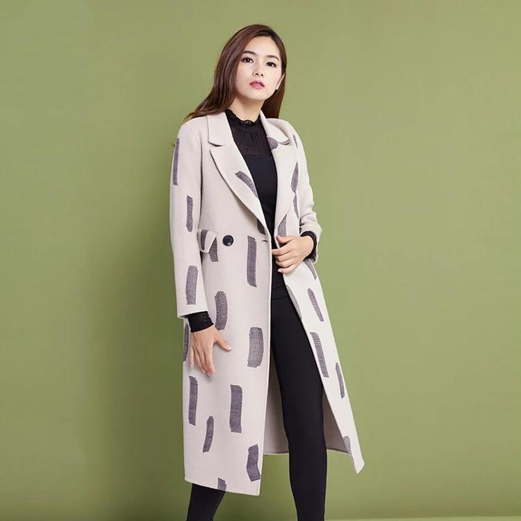 2017年新款时尚双面大衣女装折扣批发100调换