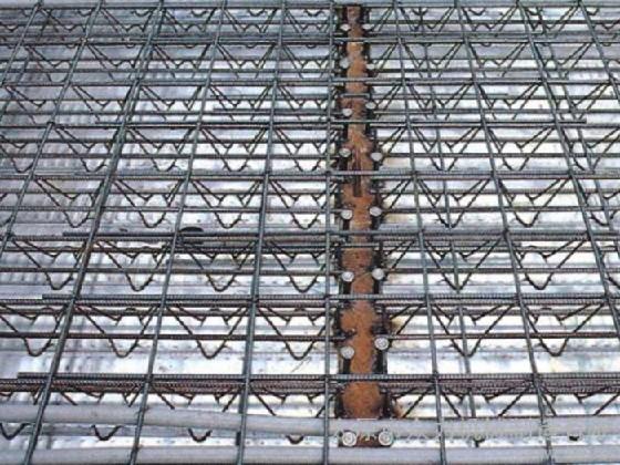 大量出售宁夏新品钢筋桁架楼承板、阿拉善右旗钢筋桁架楼承板