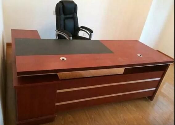 定做板式电脑桌厂家 合肥办公桌椅 老板桌 学校机房桌子凳子