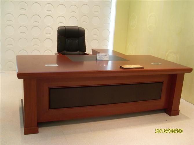 天津新品办公家具、老板桌椅、办公桌大班台