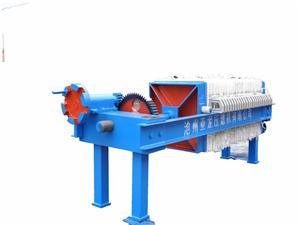 自动翻板压滤机 压滤机的压力在工作过程中起到哪些作用