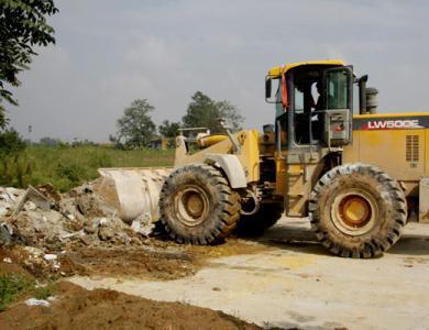 西安专业的垃圾清运外运公司、当属西安利民拆迁、陕西垃圾清运公司