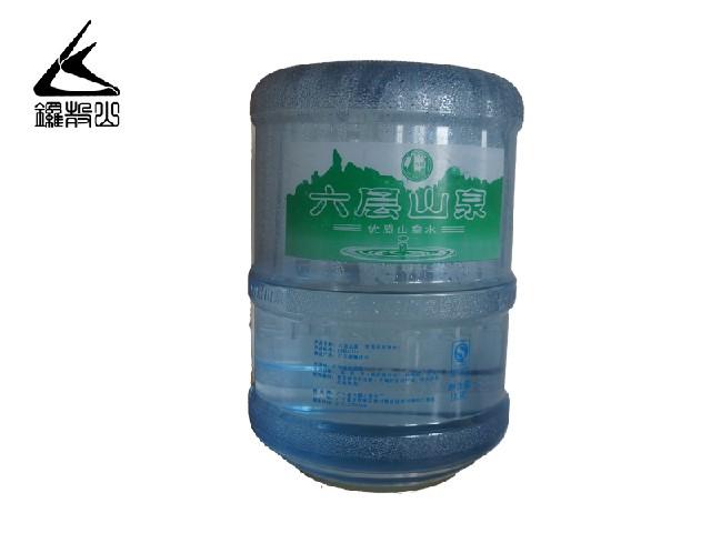 精品山泉水上哪买广东省桶装山泉水