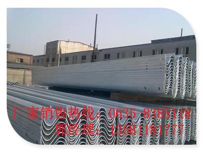 Gr-B-4E二波镀锌防撞高速护栏板山阴县厂家直销