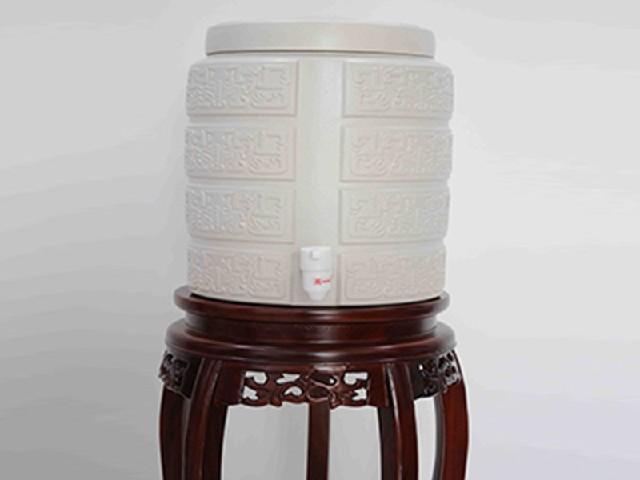 成都哪里有专业的老工匠全陶瓷净水缸四川净水缸代理
