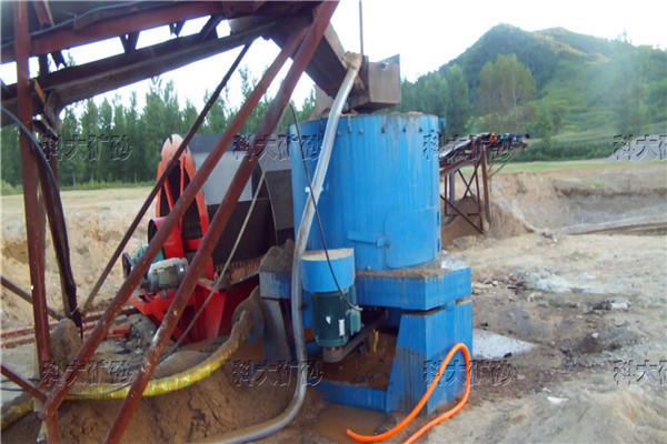 离心选矿机青青青免费视频在线直销砂金离心机尾矿回收尼尔森水套式离心机价格图片