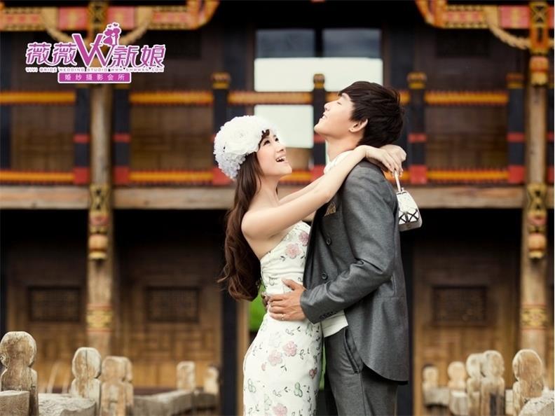 全家福摄影、特色的薇薇新娘婚纱摄影就在四会薇薇新娘