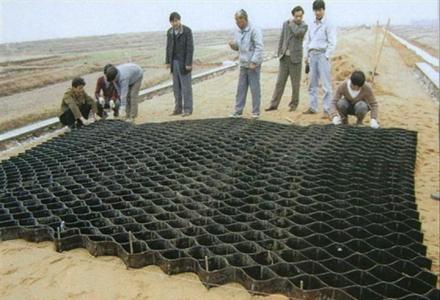 18105380799凌海边坡植草三维植被网网站诚信厂家