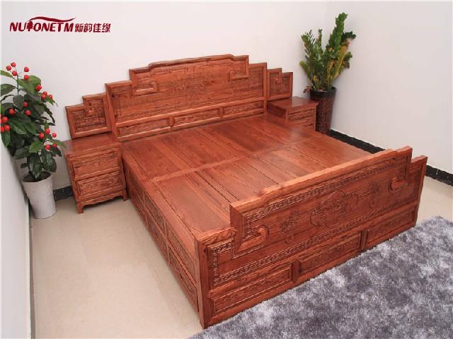 在哪能买到新款双人床 双人实木床厂商