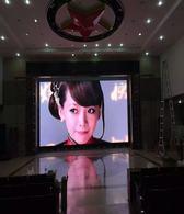室内全彩屏厂家当选聚合光彩、P2.5户内高清舞台租赁屏供应厂家