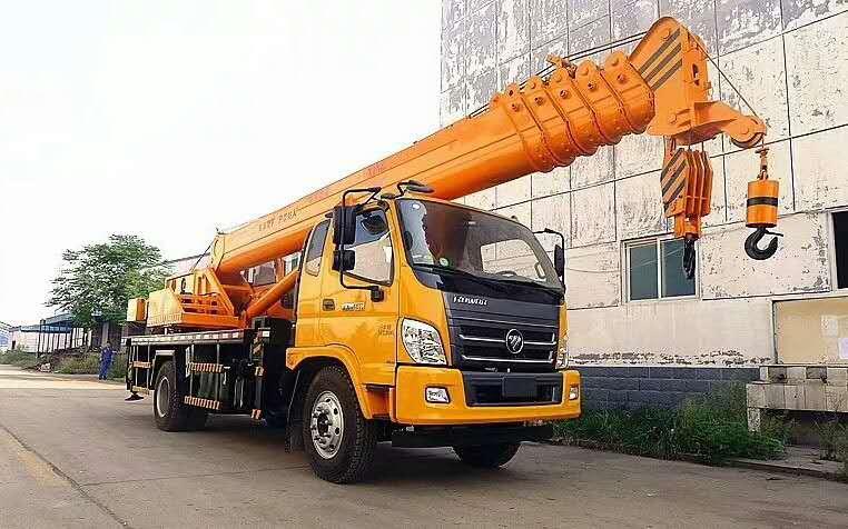 江苏常州什么地方有吊车厂12吨福田国五汽车吊车价格