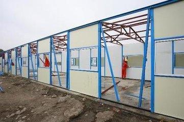 上海闵行区马桥镇活动板房组装工厂工地围栏安装