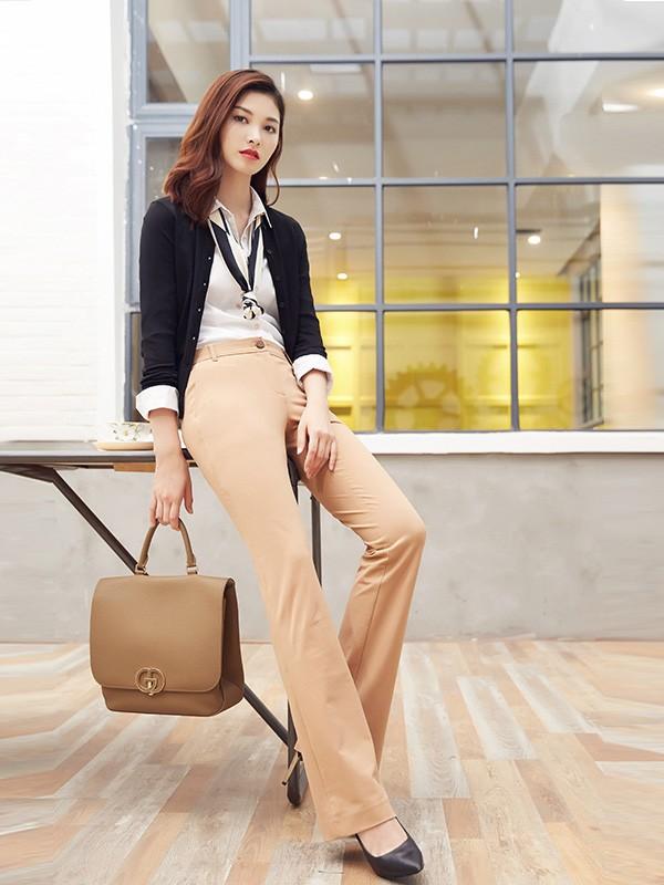 台湾时尚品牌女装哥弟品牌折扣女装尾货批发进货渠道