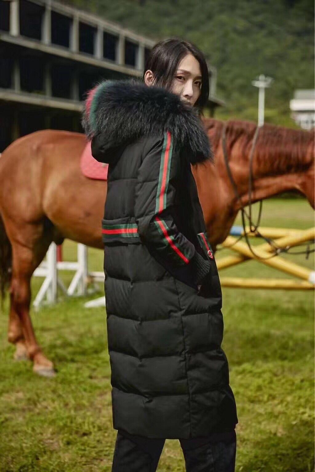 杭州时尚品牌女装雪罗拉品牌折扣女装尾货批发库存走份