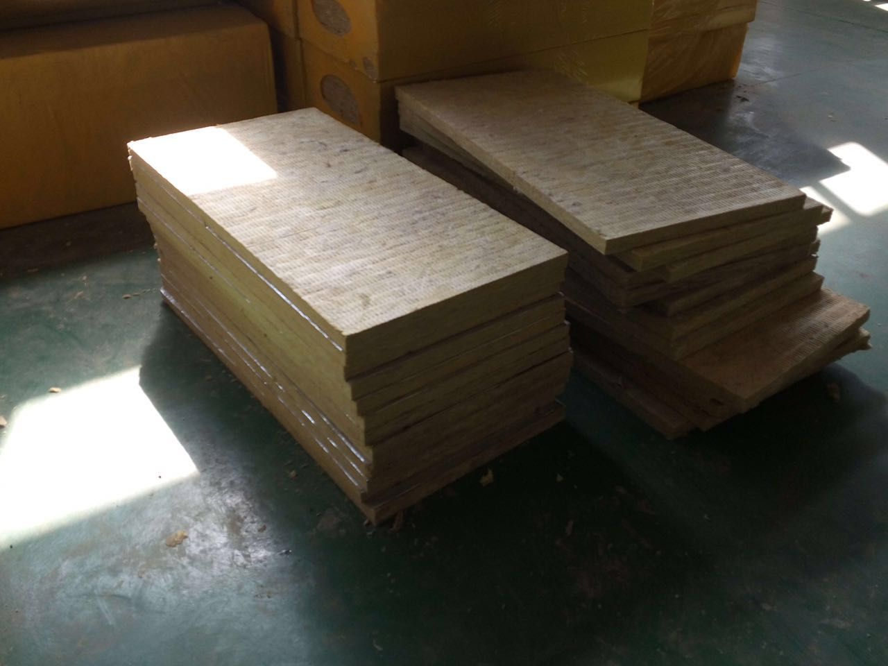 浙江衢州玻璃棉贴箔卷毡低密度岩棉板工厂电话