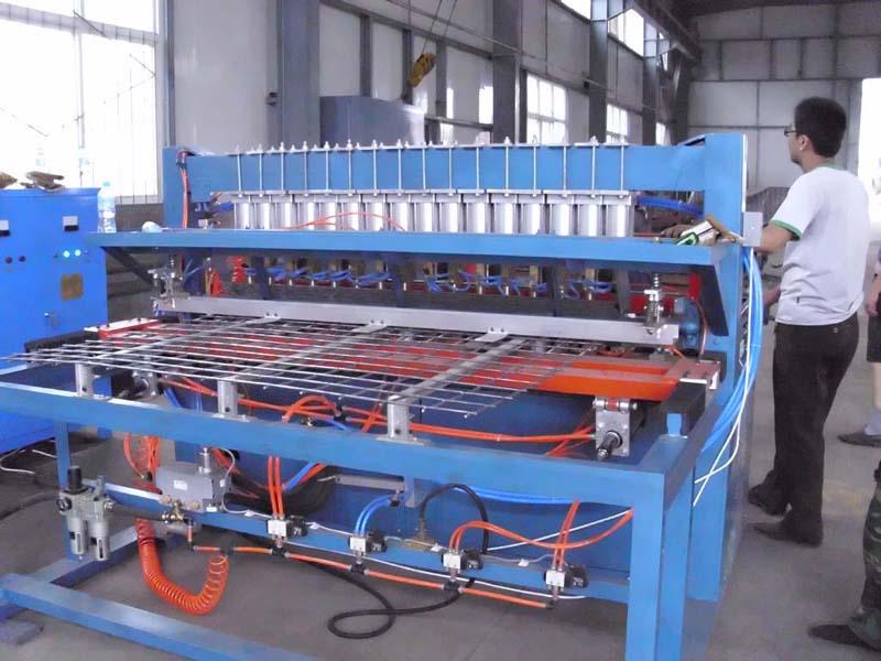 保定中频点焊机厂家批发零售优质点焊机、缝焊机