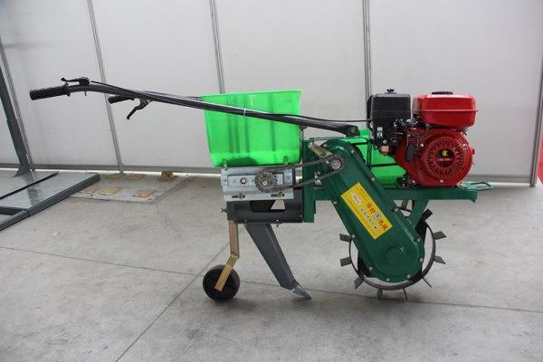 悍铃机械玉米追肥机怎么样、玉米追肥机报价