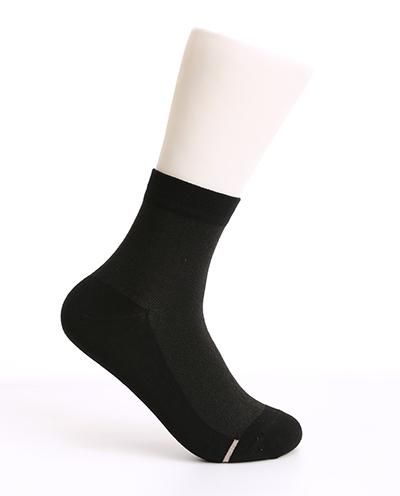 浙江规模超大的量子聚能袜子市场 脚干脚裂袜子