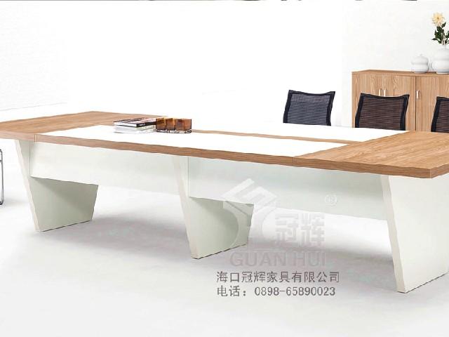 选购办公桌就到冠辉家具优质的海南办公家具