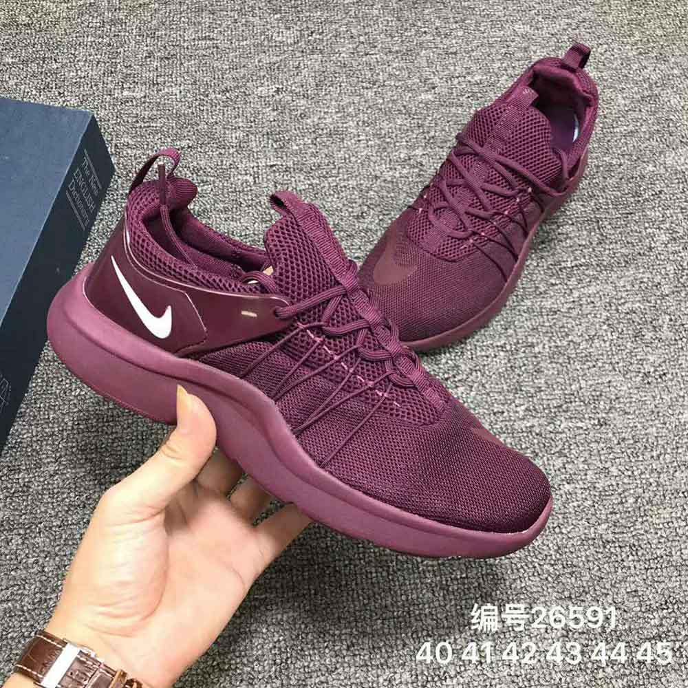 耐克 Nike �_��文�p量慢跑鞋 高品� 透�庑�面 ��性�p震大底