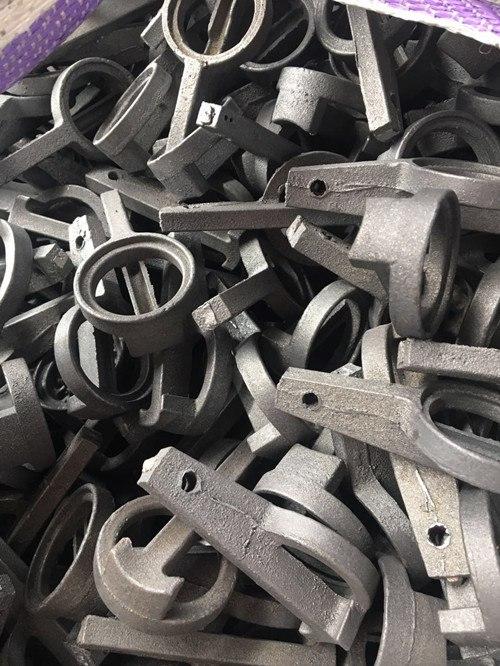 自动插头生产厂出售唐山自动插头