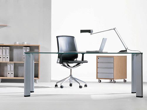 首屈一指的板式办公家具厂就是和美家具加工厂桥头板式办公家具厂商