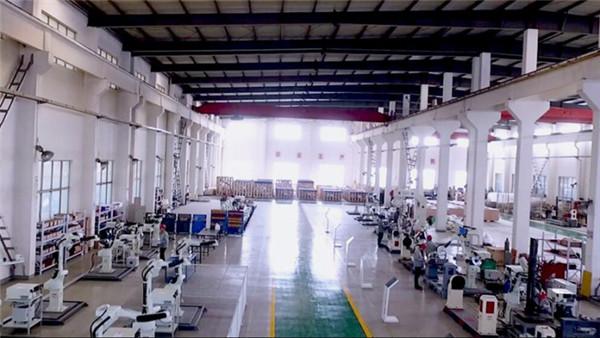 镇江工业焊接机器手多少钱一台大德重工品质值得信赖