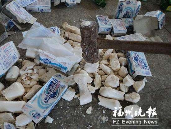 奉贤区工厂瑕疵塑料制品销毁、金桥报废玻璃制品日用品销毁