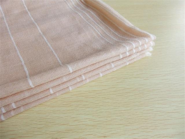 呼和浩特地区优惠的羊绒薄围巾 、上海羊绒围巾批发
