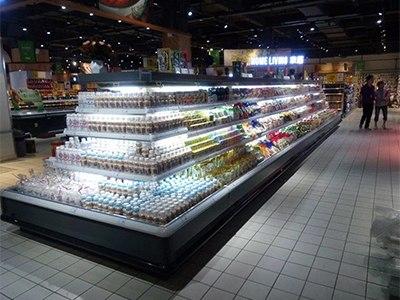水果保鲜柜要多少钱——怎么买质量好的四方形半高水果立柜呢