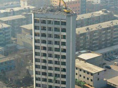 房屋烟囱拆除当选沈阳永兴房屋拆除工程 长春房屋烟囱拆除