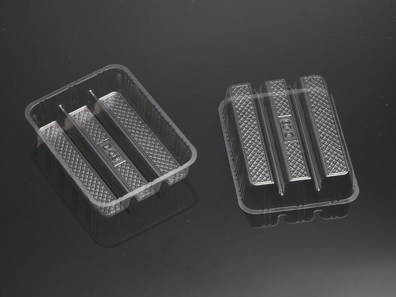 想购买优质的吸塑糕点托盒优选沂水利泰塑业|甘肃吸塑托盒