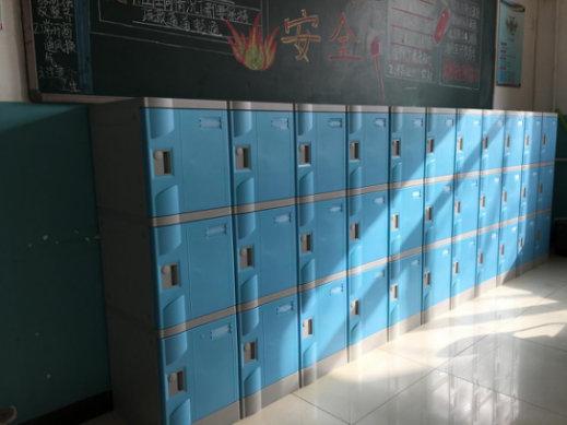 学生书包柜上哪买好、西安学生书包柜哪家好