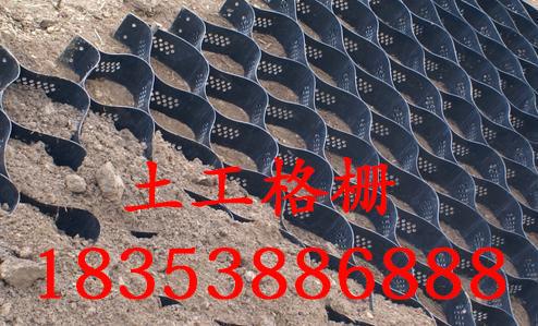 工程材料加工基地-武威土工布一布一膜-现货销售-欢迎你
