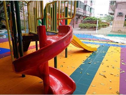 思明区幼儿园PVC地板专业施工单位哪家好欢迎您
