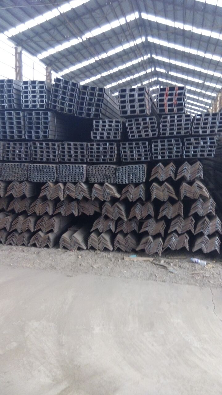 英标127*64*6.4*9.2槽钢厂家24小时在线报价