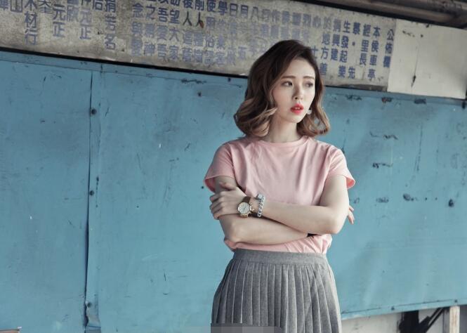 特价3元清仓夏季女士短袖T恤摆地摊必备韩版女装上衣批发厂家直销