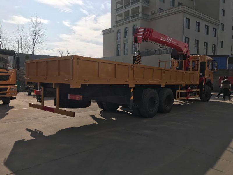 泰安10吨随车吊多-少钱一台、10吨随车吊哪里有卖2018
