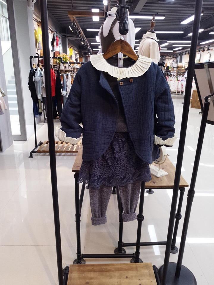 四川南充品牌童装折扣批发公司