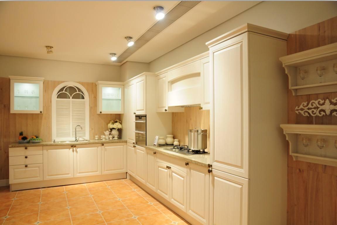全屋家具定制代理商,有实力的全屋家具定制厂家就是罗尼维亚全屋定制家具