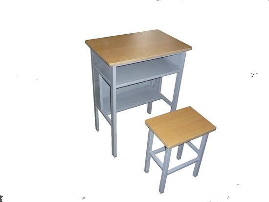 鑫磊厂家专业定制学习桌椅